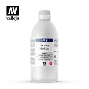 Medium Pouring Vallejo 500ml.